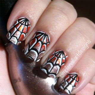Halloween Nails – Spiderweb Nail Art