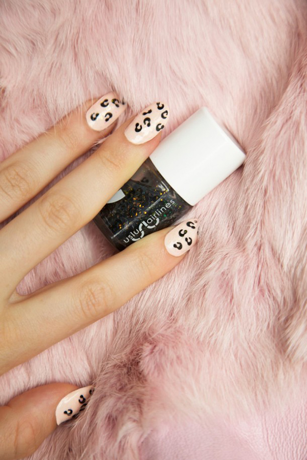 Easy leopard nail polish
